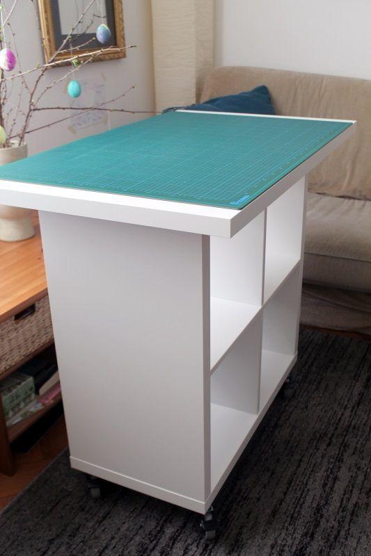 ikea hack diy stoff zuschneide tisch ganz einfach ikea tisch und stoffe. Black Bedroom Furniture Sets. Home Design Ideas