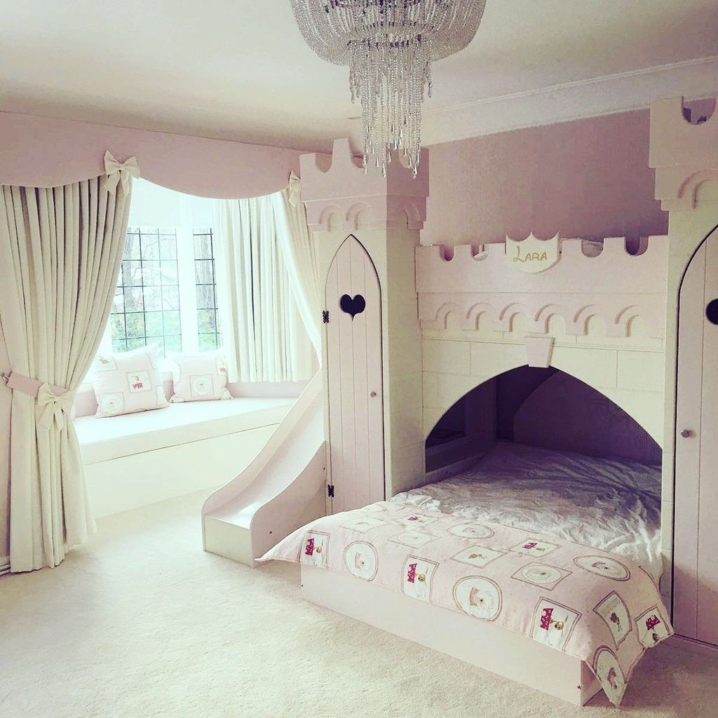 Prinzessinnen Schlafzimmer 30+ Pretty Princess Bedroom Design And Decor Ideas For Your Lovely Girl | Girls Bedroom Sets, Castle Bedroom Kids, Fairytale Bedroom