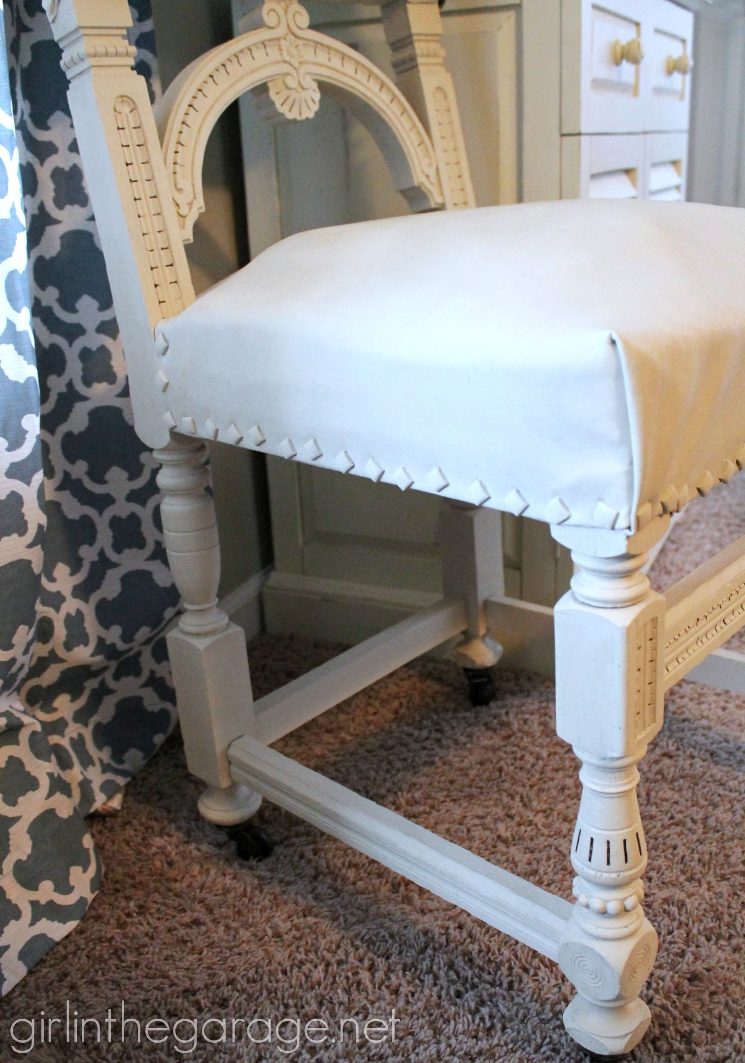 Painted Leather Chair Makeover With Annie Sloan Chalk Paint    Girlinthegarage.net