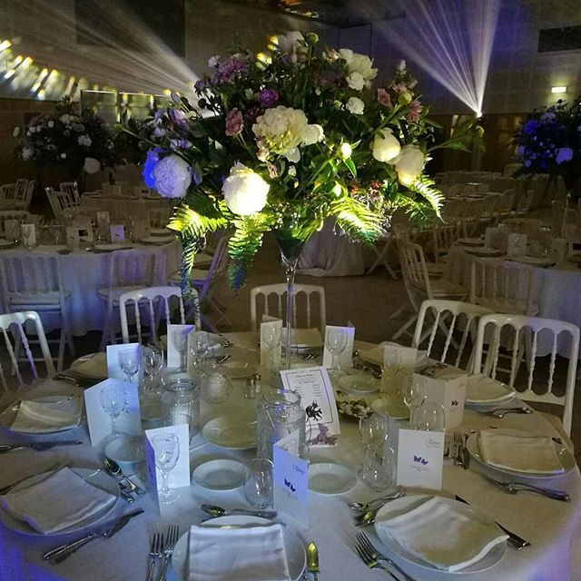 #creations #mariages #weddings #event #decor #surmesure #atelier #anosamours #thierrystenzel #fleuriste #flowerstagram #pivoines #bowlingcream #merci #vivelesmaries #evedeso #eventdesignsource - posted by Thierry Stenzel https://www.instagram.com/anosamours_designvegetal. See more Wedding Designs at http://Evedeso.com