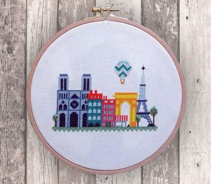 Paris modern cross stitch pattern PDF Instant por NaliaDes en Etsy