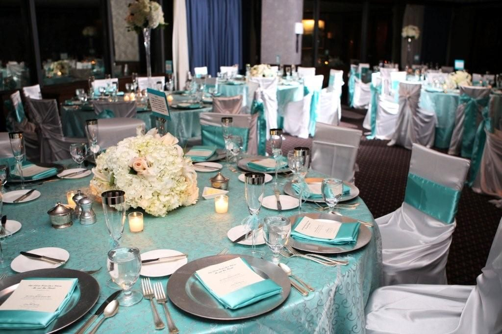 Tiffany blue charger table settings google search - Manteles para bodas ...