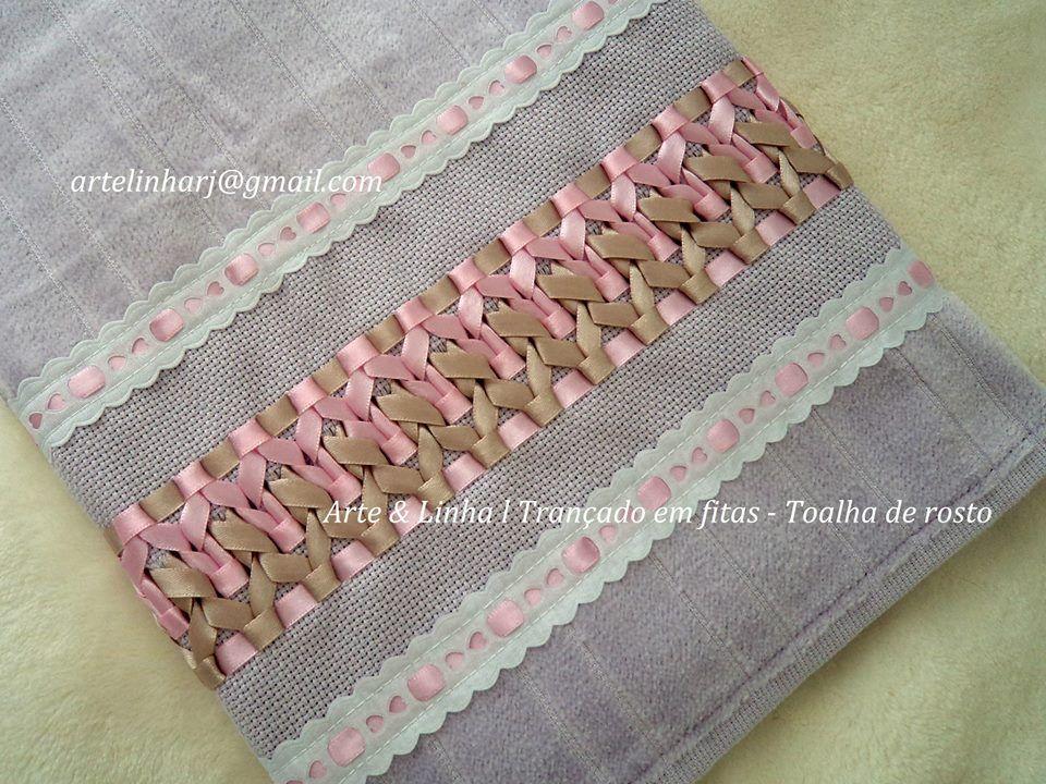 Toalha bordada com trançado em fitas