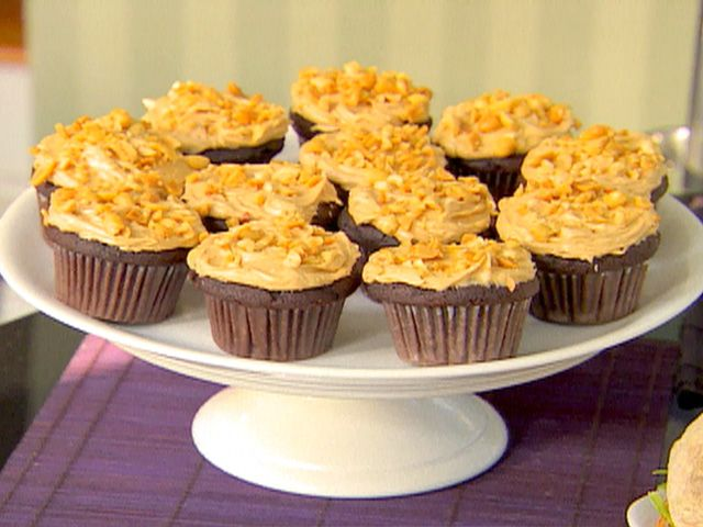 Pumpkin Cupcakes Ina Garten chocolate cupcakes and peanut butter icing | recipe | peanut