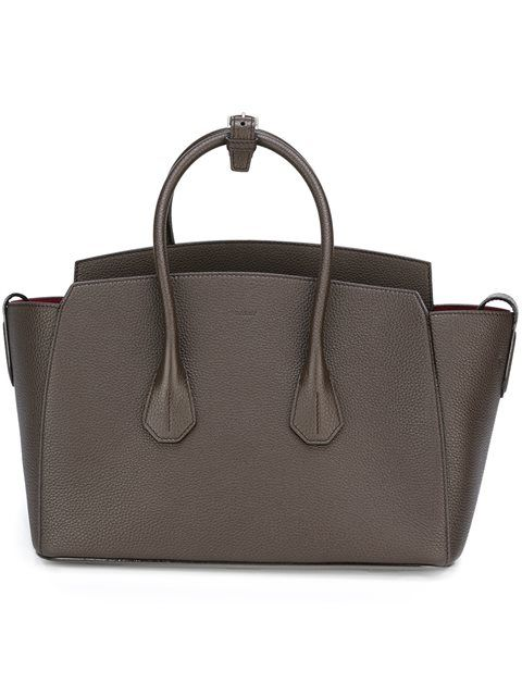 BALLY Classic Tote.  bally  bags  leather  hand bags  tote   e7c19db54d949