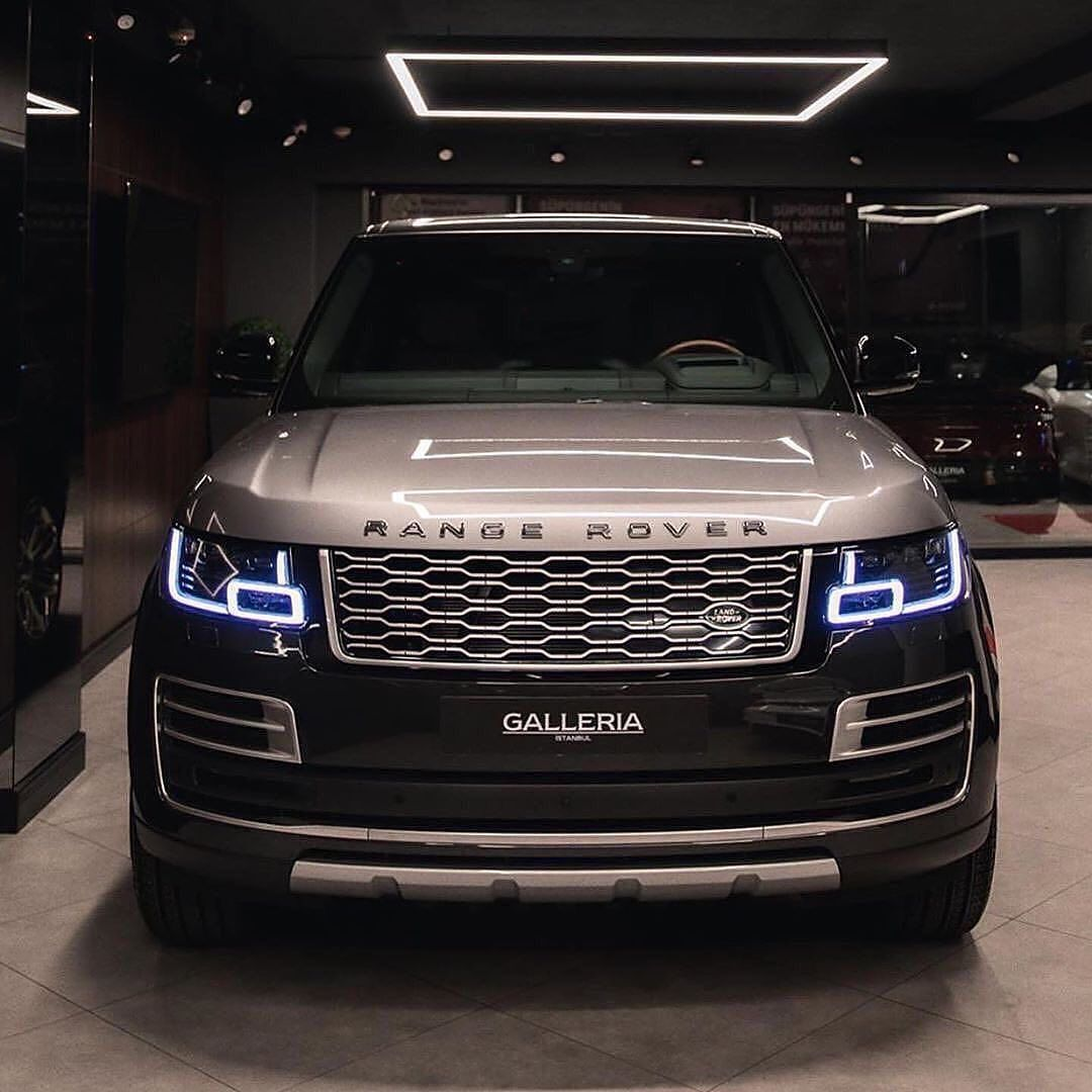 Auto Britannica Channel On Instagram Range Power Follow Amgwhipz Bentleyg4ng For More Vi In 2021 Range Rover Supercharged Range Rover Range Rover Svr