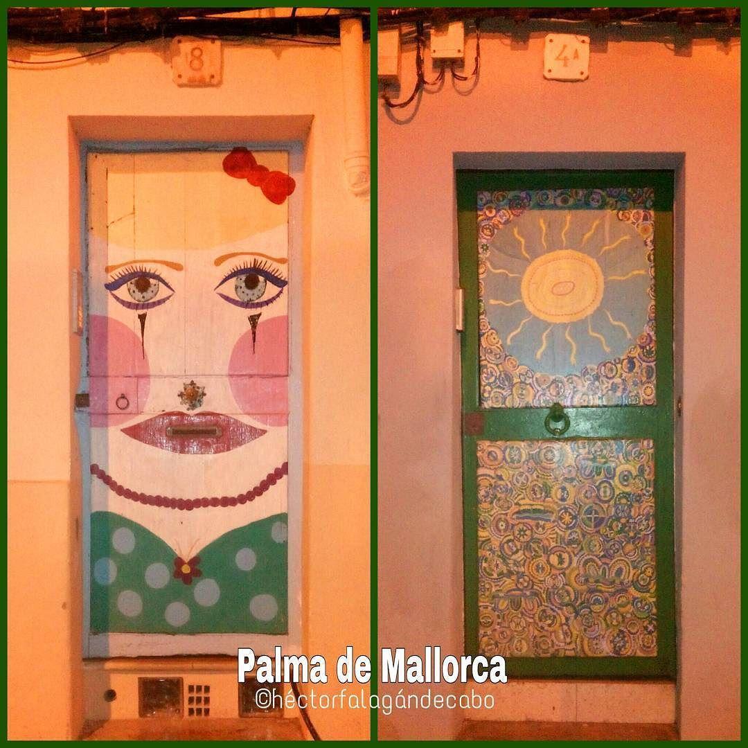 Puertas decoradas en la Calle del Jardí Botànico en Palma de #Mallorca #Fotografía por Héctor Falagán De Cabo  #streetart #streetartphotography #mallorcafoto #palmademallorca #estaes_Mallorca #estaes_Baleares  #estaes_España #estaes_Espania #estaes_universal #Espana_es_sueno #IgersMallorca #IgersBaleares #igersespaña #Loves_Mallorca #Loves_Baleares #Loves_Balears #Loves_España #MallorcaSensations #MallorcaFeelings #MallorcaIsland #Mallorc2016 #MallorcaFotografica #Mallorcatestim…