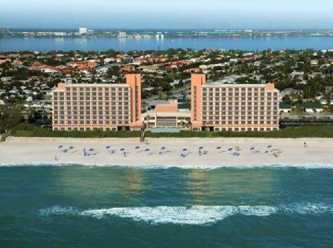 Check Doubletree Guests Suites Melbourne Beach Oceanfront Indialantic Hotel Rooms Reservations And Availability Book A Room At