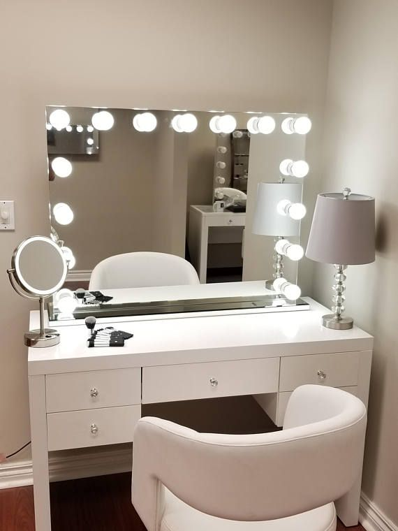 xxl bluetooth® hollywod forever lighted vanity mirror w