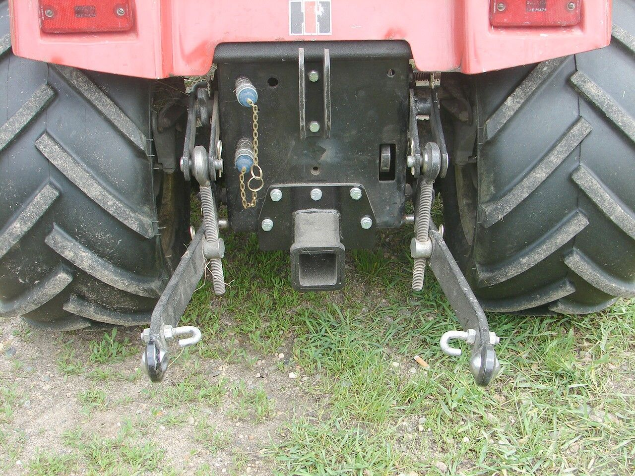 Tractor Repair Arm Level : International harvester ih cub cadet points sleeve hitch