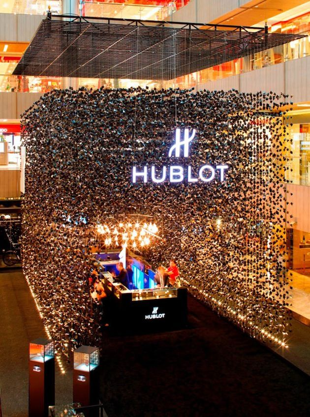 HUBLOT 'BIG BANG' POP UP SHOP IS RAINING BLACK GEMS #pop-up #retail #merchandising