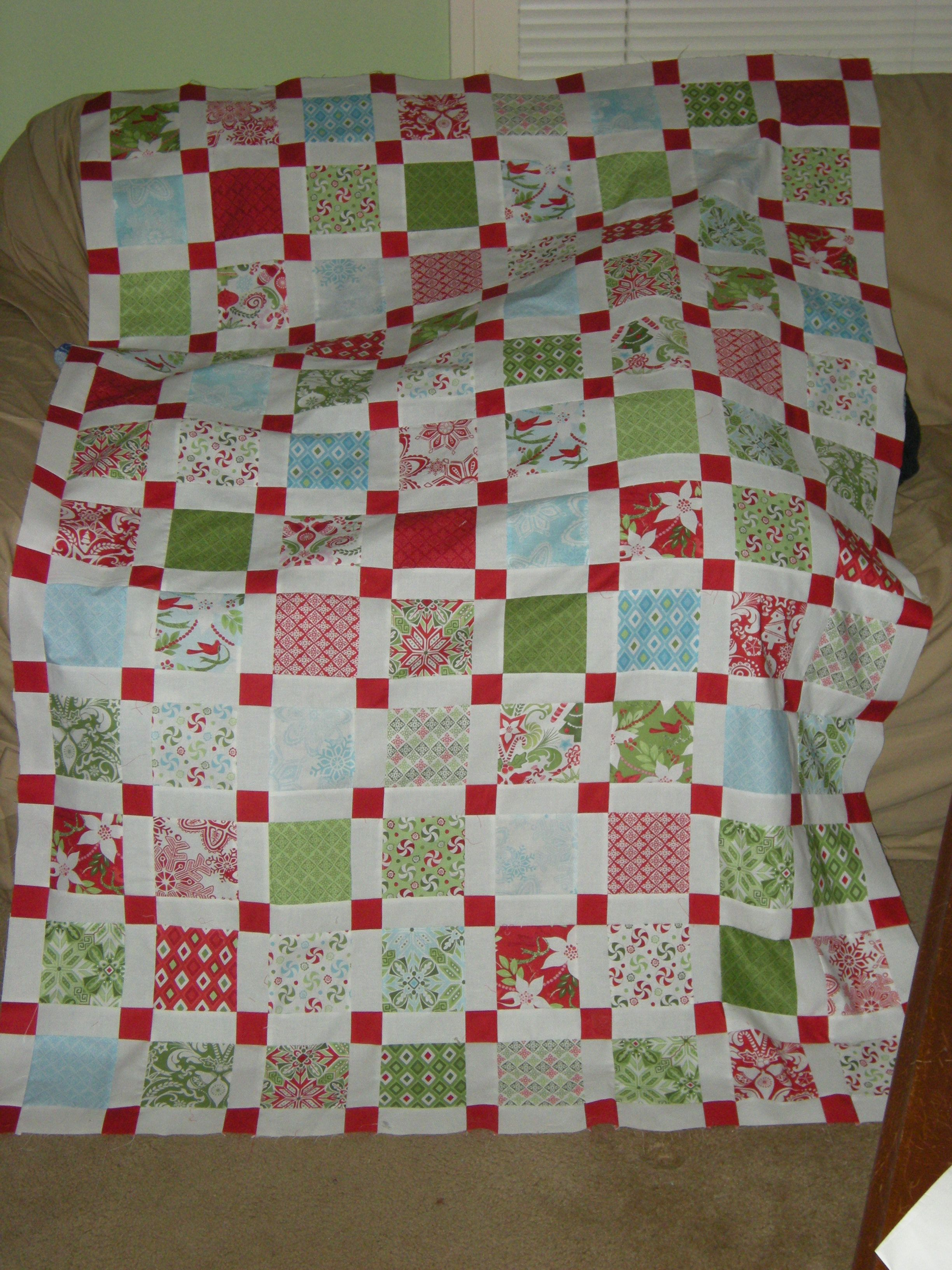 Festive Flurry quilt using Kate Spain's Flurry fabric and Amy ... : flurry quilt pattern - Adamdwight.com