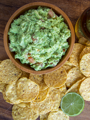 Jamie S Best Homemade Guacamole With Sour Cream Recipe Paula Deen Recipe In 2020 Homemade Guacamole Guacamole Recipe With Sour Cream Smooth Guacamole Recipe