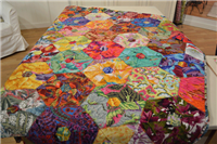 Quilting Daily - Unconventional hexagons -- Hexies from Circles!!!