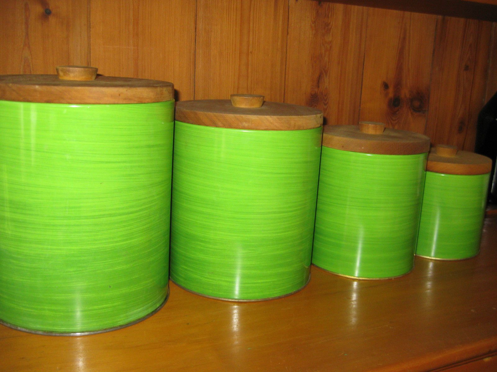 FAB Set of 4 Willow Aust Retro Vintage green tin Canisters wooden ...