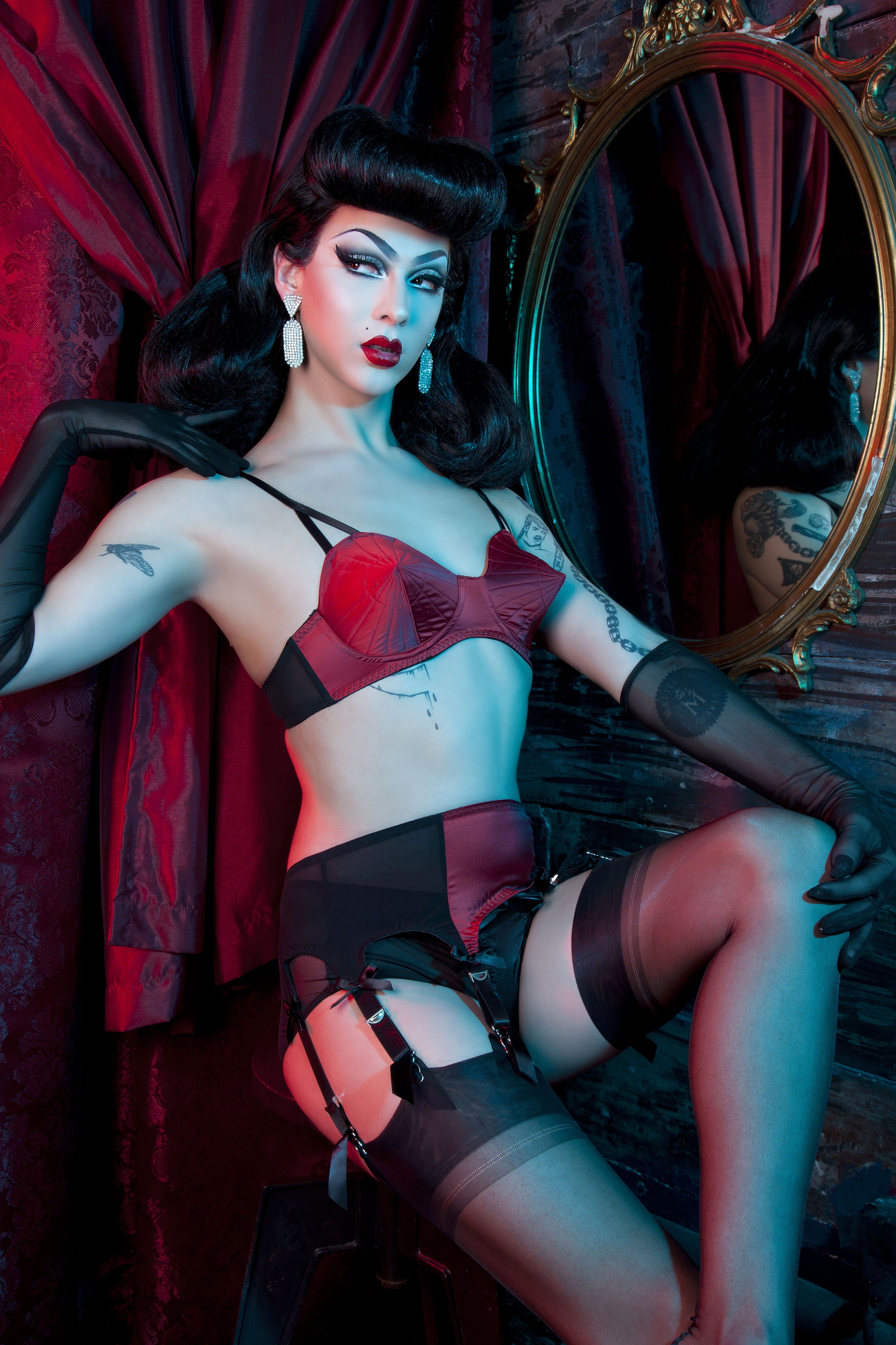 3e28a7f527 It was just announced that Violet Chachki is the first ever drag queen to  be the face of a women s lingerie campaign. To mark the momentous occasion  we ...