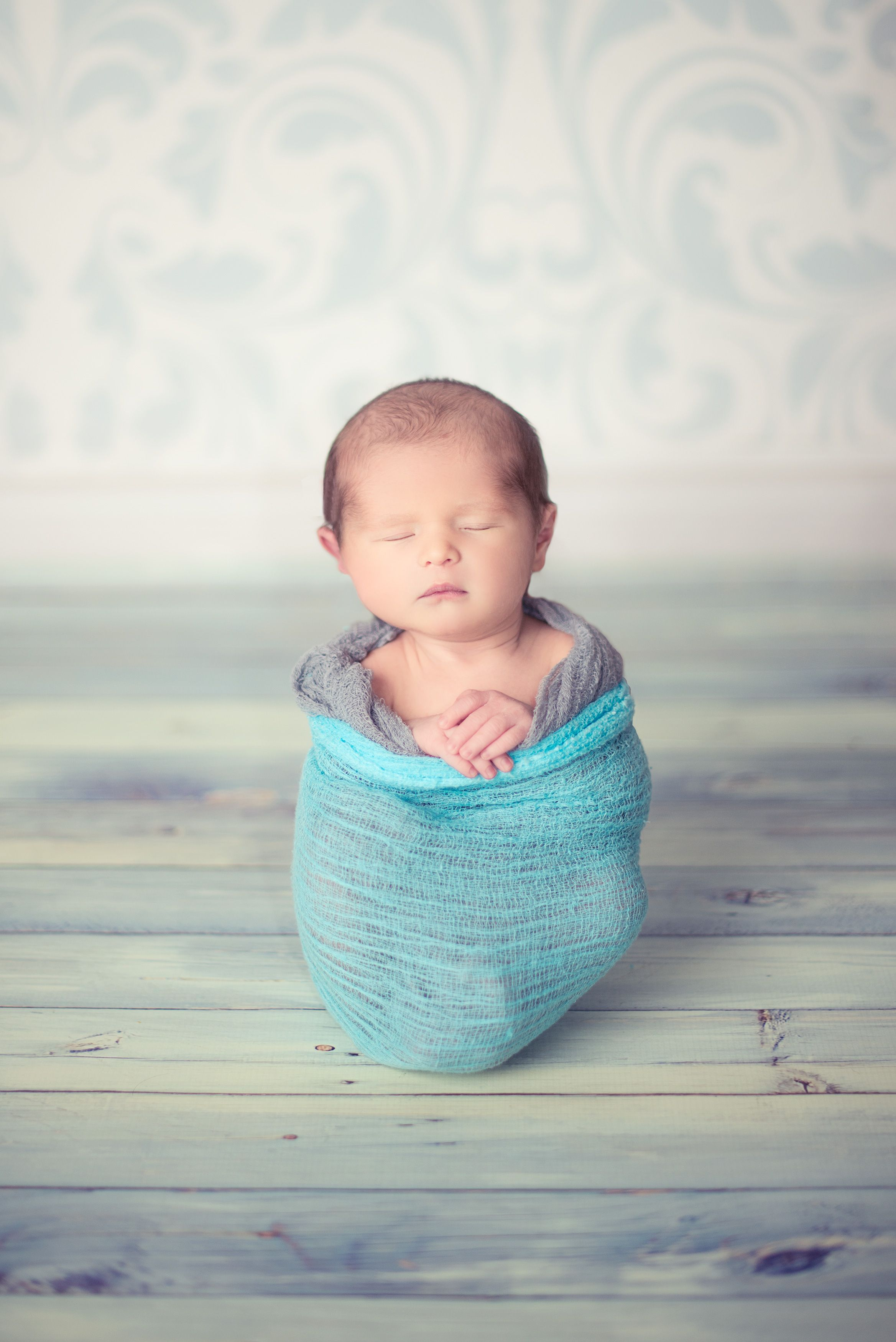 The beach is a wonderfully romantic and naturally beautiful place diy newborn photography pinterest photoshoot baby ideas and pictures also rh