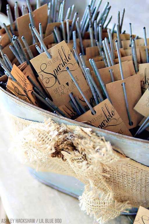Wunderkerzen Und Personalisierte Streichhölzer Als Hochzeitsgastgeschenke