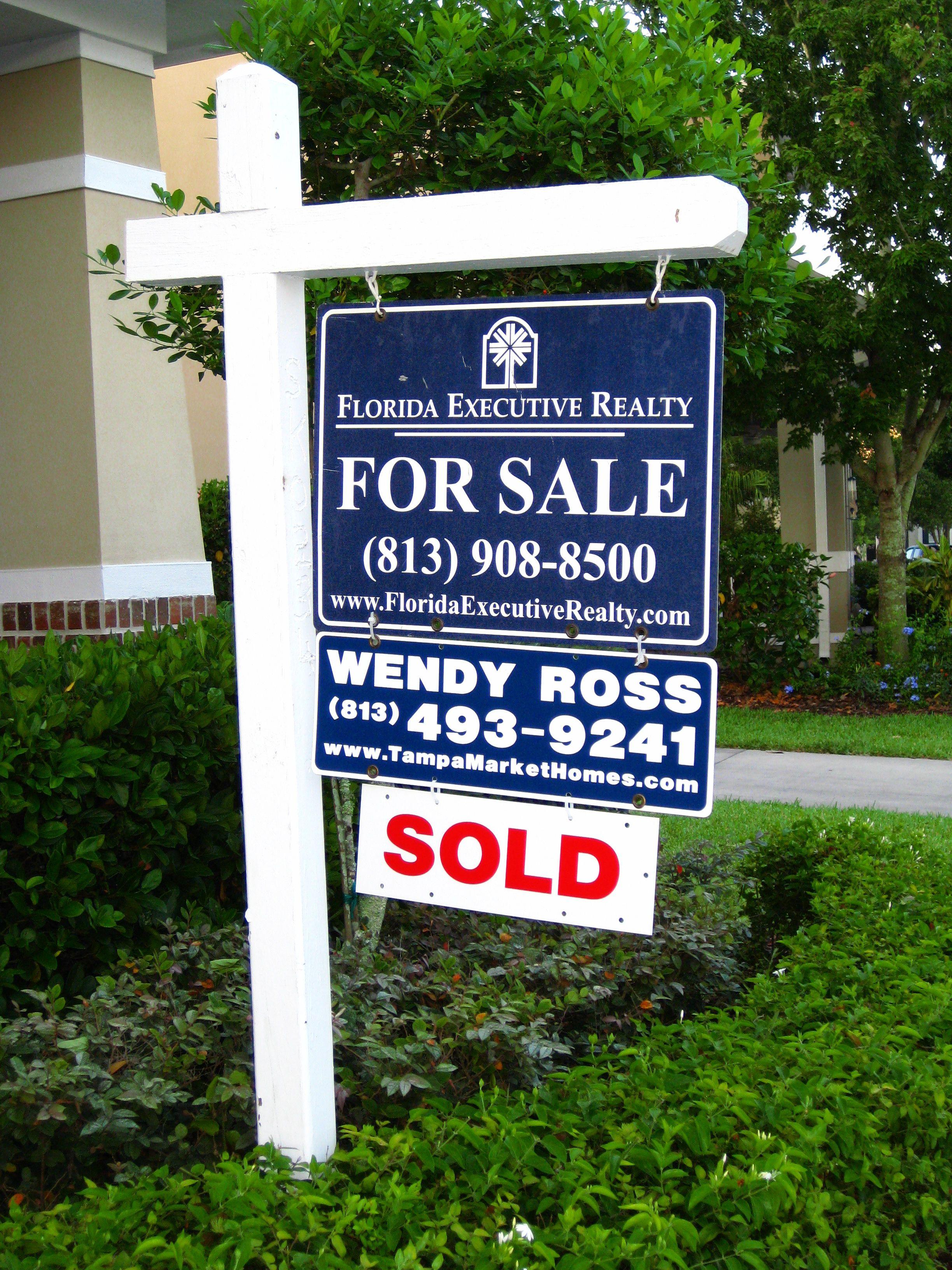 Real Estate TampaMarketHomes.com Tampa Bay Real Estate Wendy Ross (813) 493-9241 WendyRoss@TampaMarketHomes.com