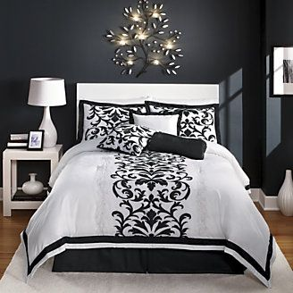 Hayden Oversized 7piece Embroidered Jacquard Bed Set from