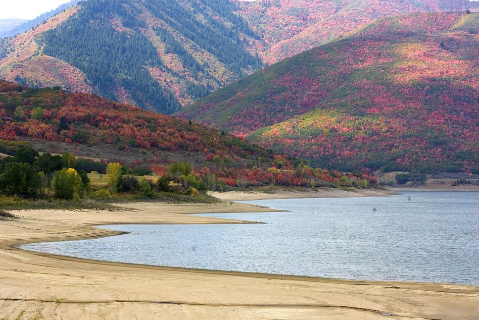 The large expanse of sand along the shore of Pineview