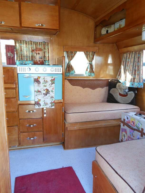 1956 Crown Travel Trailer 12 Feet Long Vintage Travel Trailers Rv Interior Vintage Trailer
