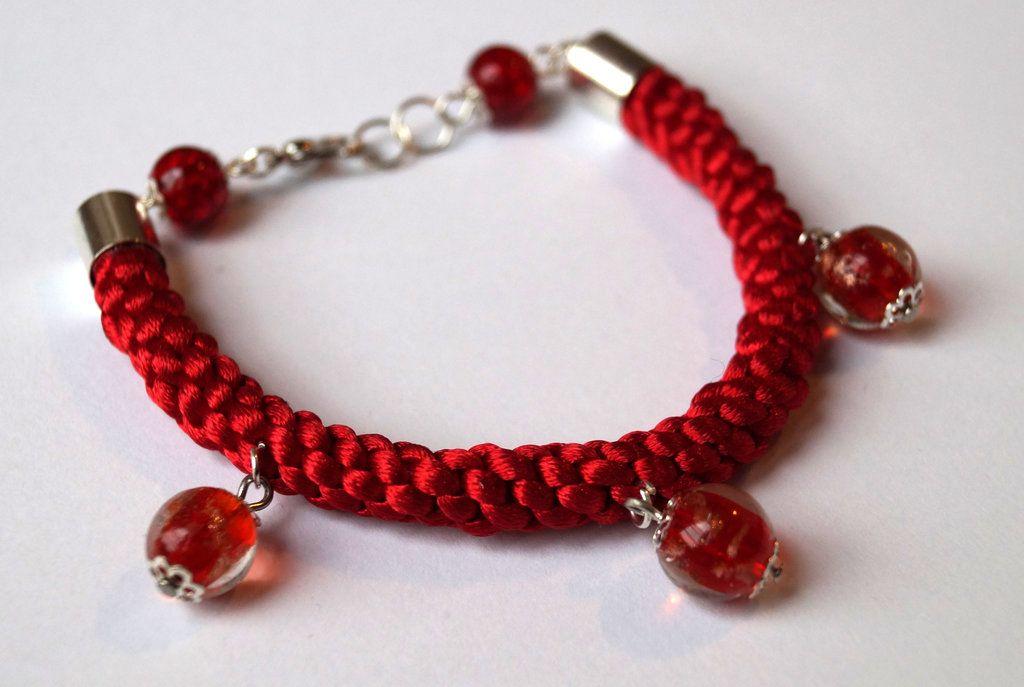 Red satin bracelet by TosTosia