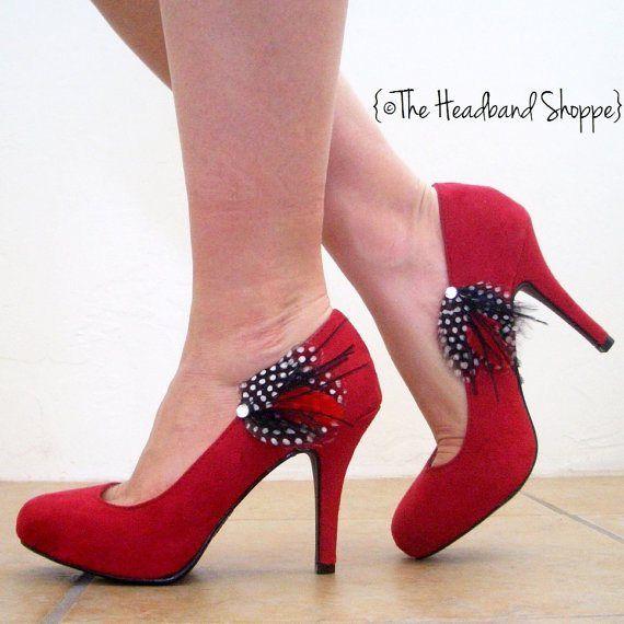 Feather Shoe Clips By Theheadbandshoppe On Etsy Com Customizacao De Sapatos Sapatos