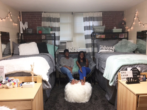 10 Insanely Cute Dorm Room Transformations To Try With Your Roommate