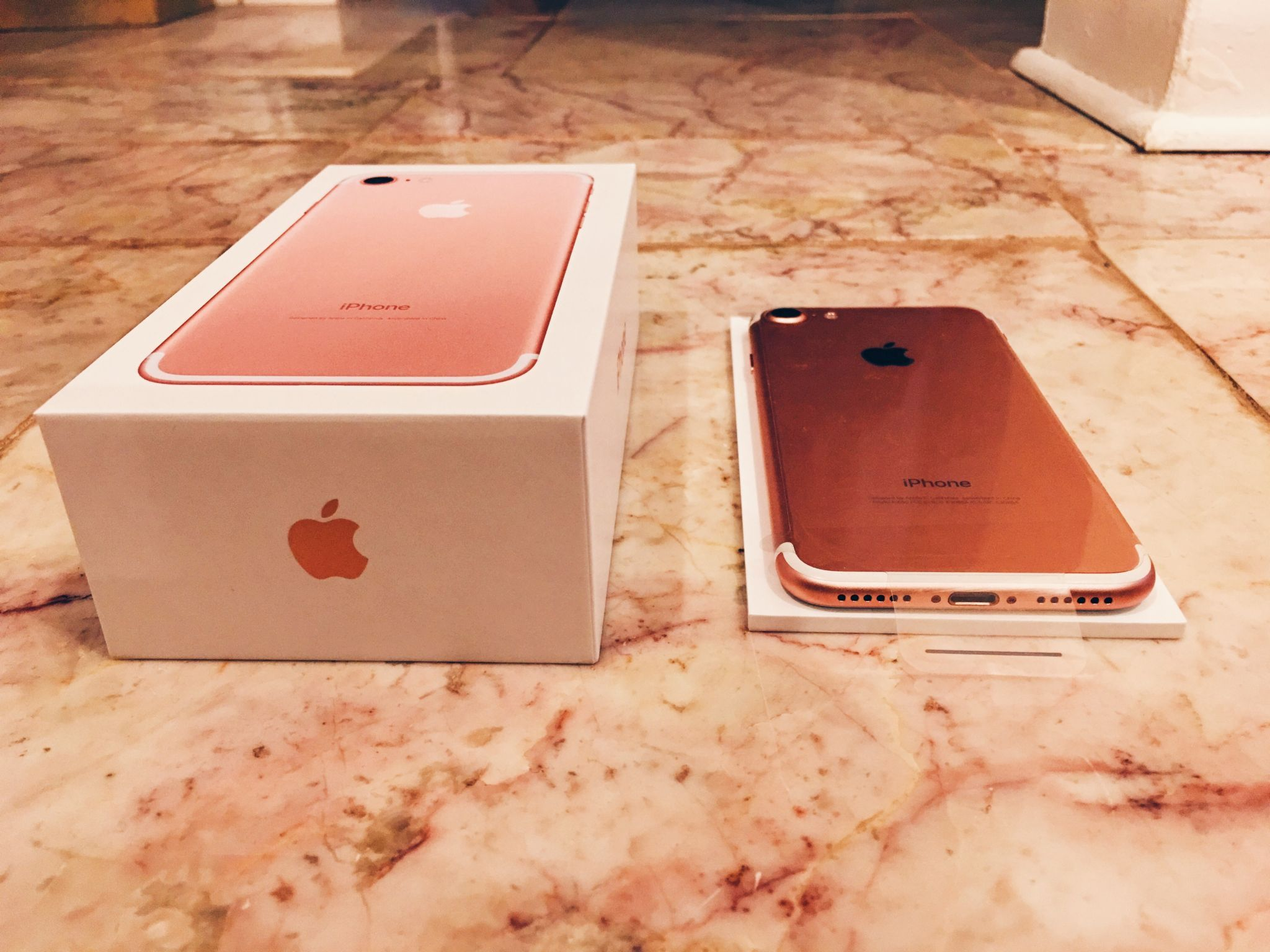 Iphone 7 Rose Gold Unboxing Iphone 7 Rose Gold Iphone Iphone 7