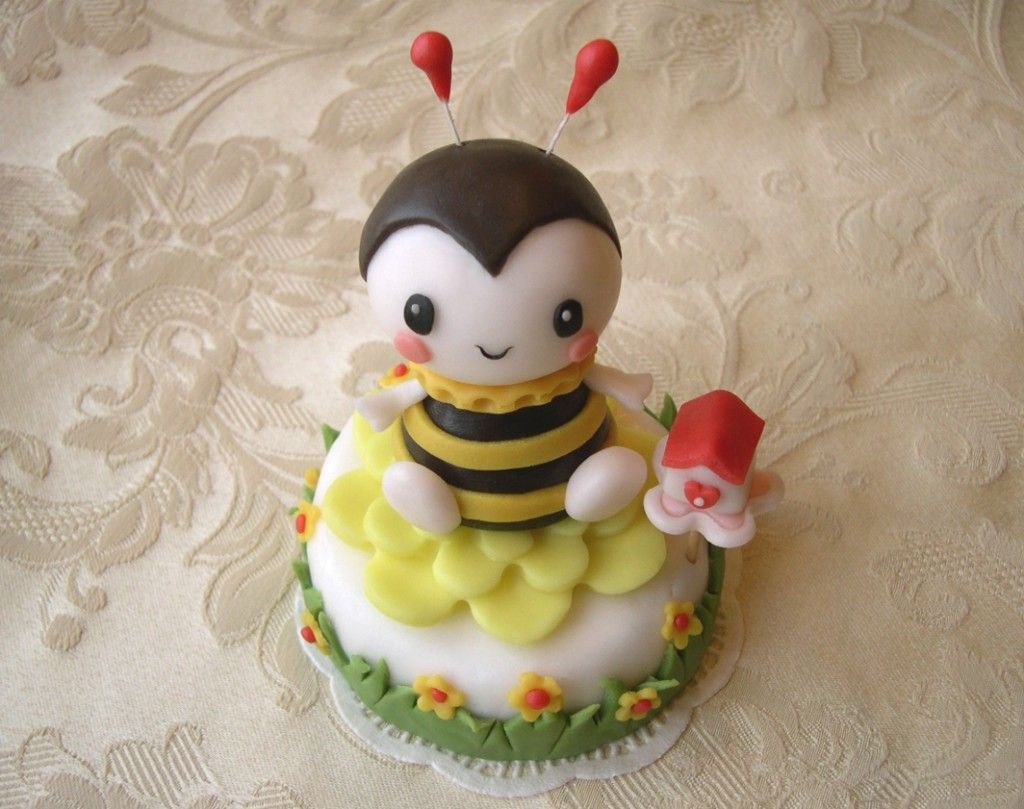 "Cake topper ""Bee mine"""