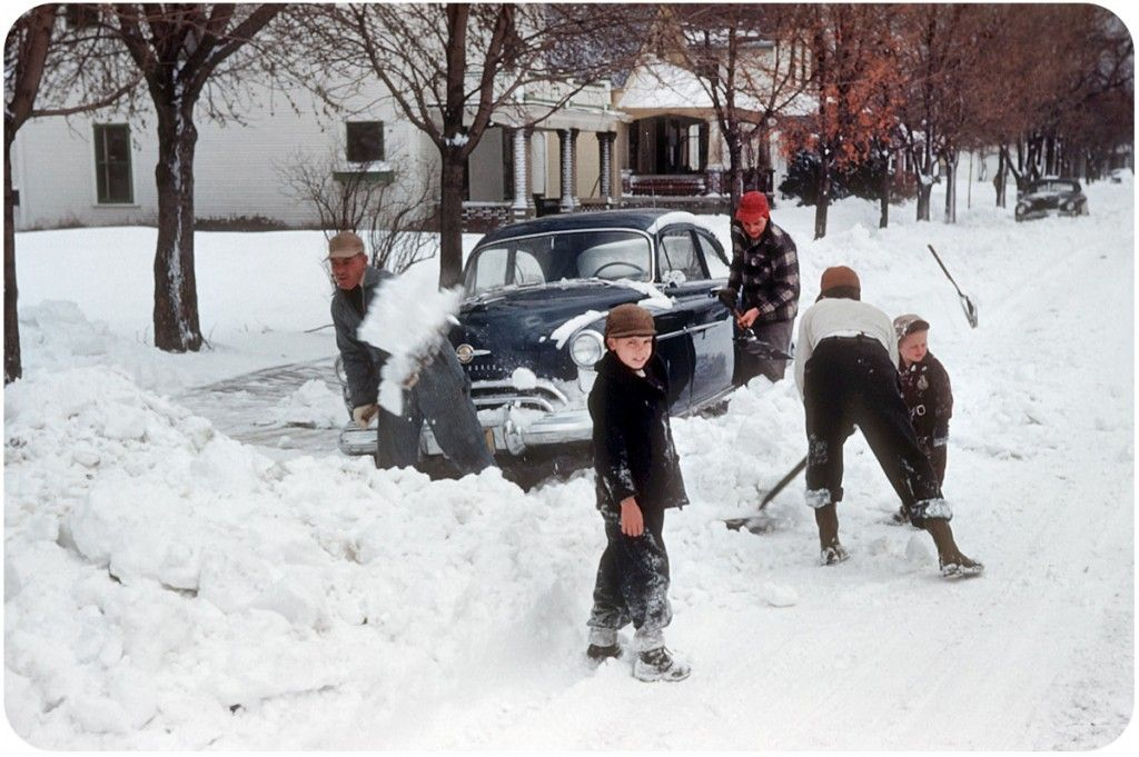 I Bet In Truth It Was Horrible But It Looks Like So Much Fun To Play In 1950 S Snow Vintage Motorcycles Xenia Xenia Ohio