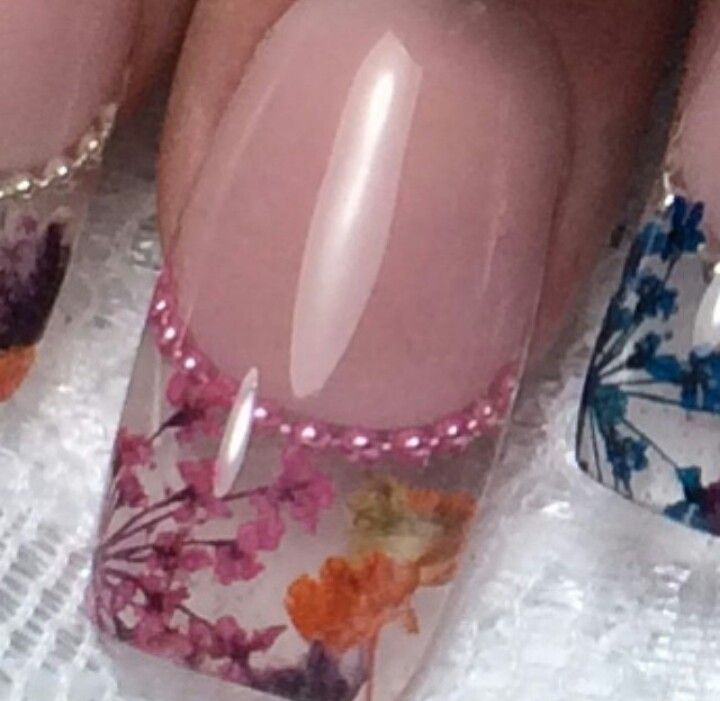 Dried Flowers Encapsulated In Clear Acrylic Incredible Hotonbeauty Hotonbeauty Com Nail Tech