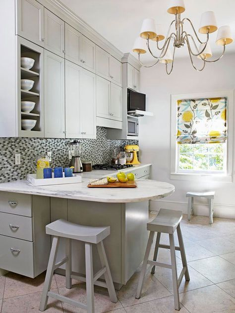 Small Kitchen Makeover with Paint #kitchenmakeovers