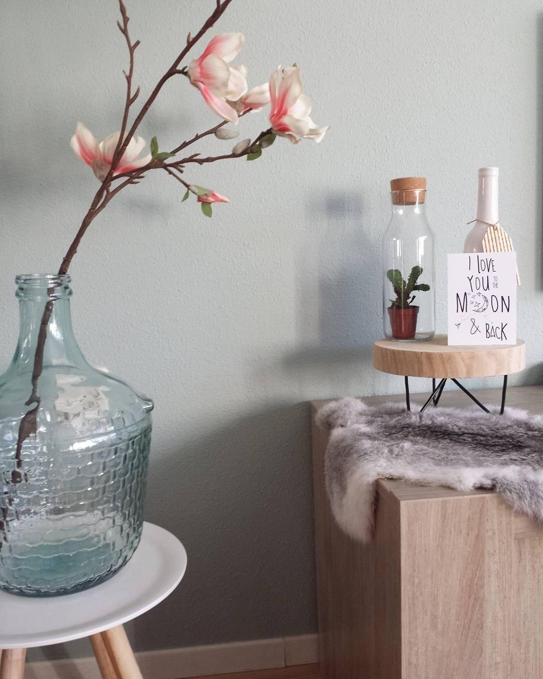 wir lieben xxl vasen ob als bodenvase oder auf einem. Black Bedroom Furniture Sets. Home Design Ideas