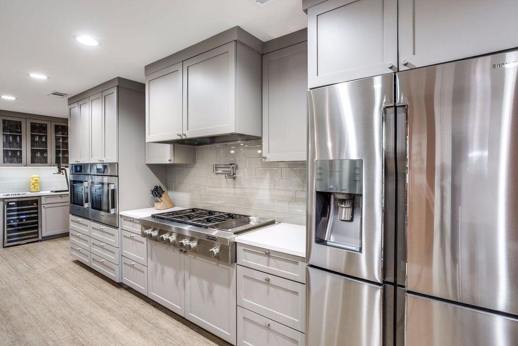 Vistoso Cocinas Y Baños Clásicos Dallas Embellecimiento - Ideas de ...