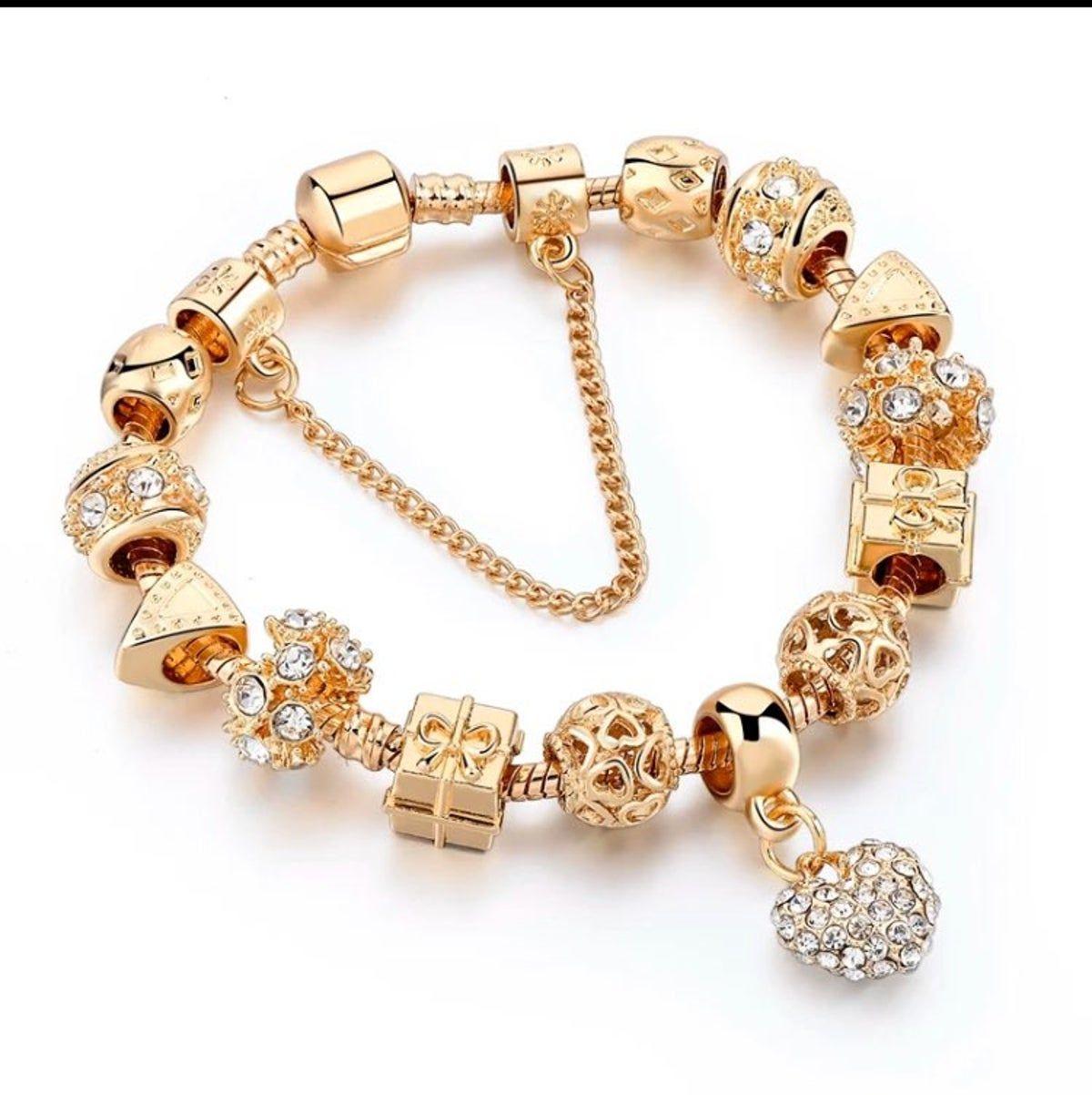 Pin by lisaury rosario on Ropa de moda de niñas | Gold bracelet ...