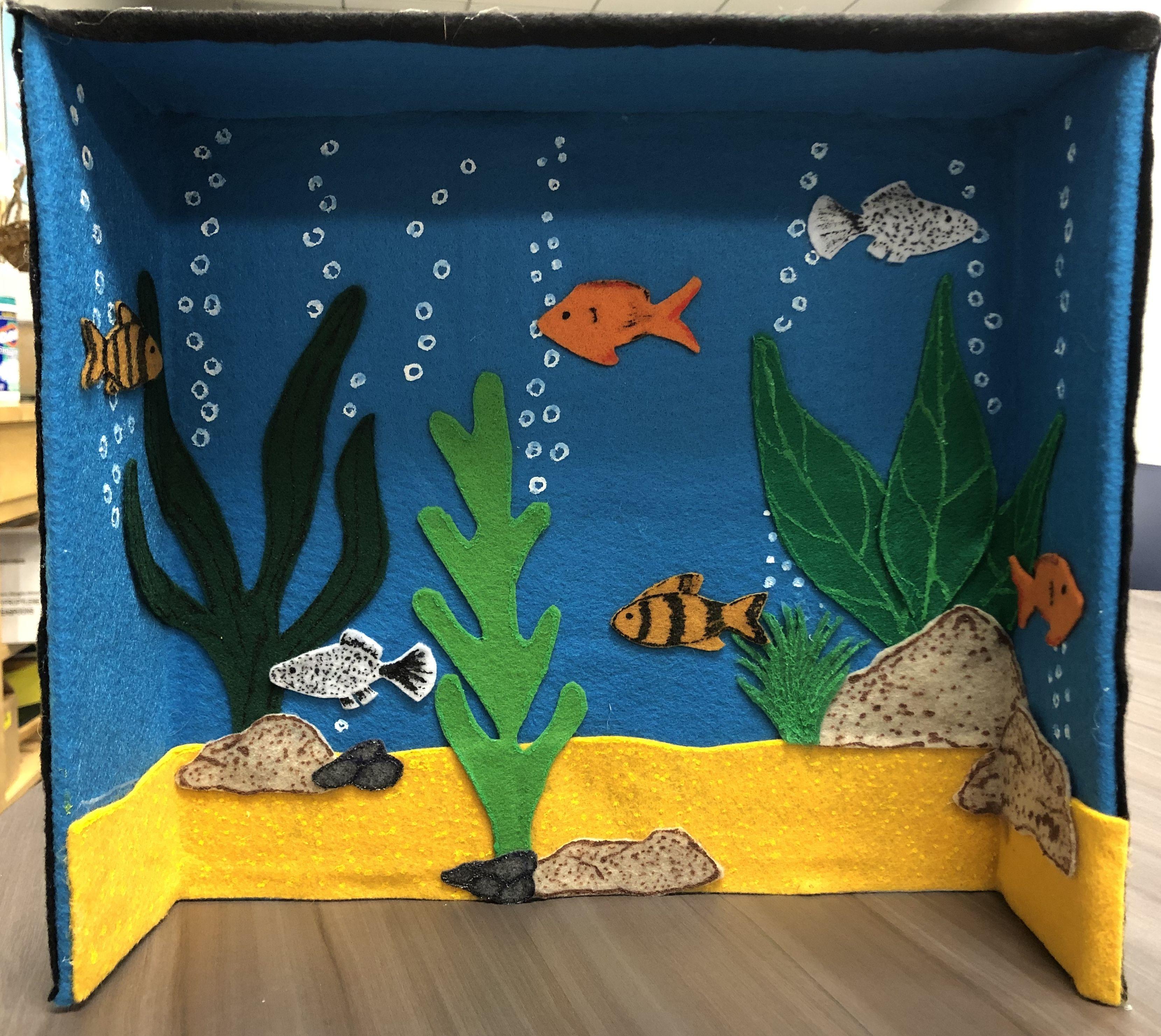 Fish Tank Felt Cardboard Box. | Felt fish, Diy aquarium, Baby art