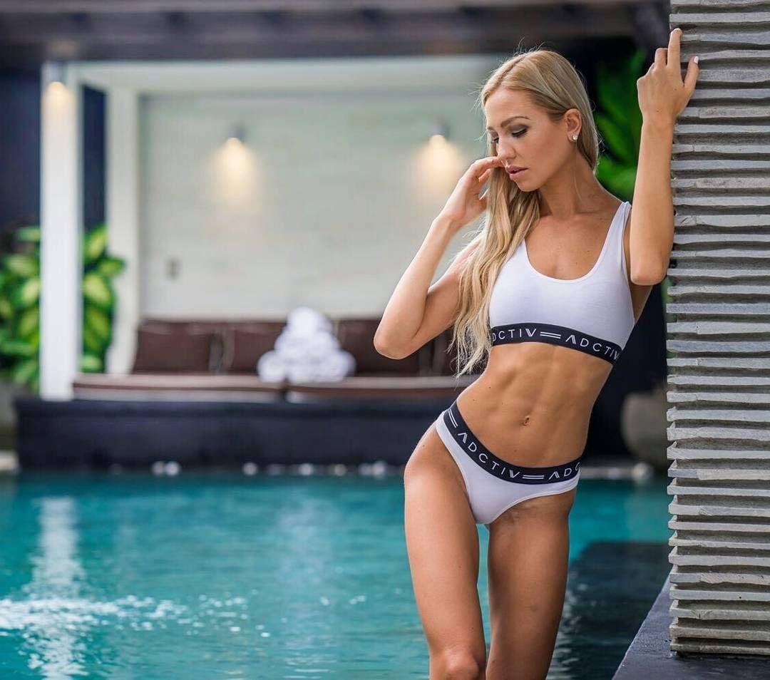 De Bikini Models : Photo