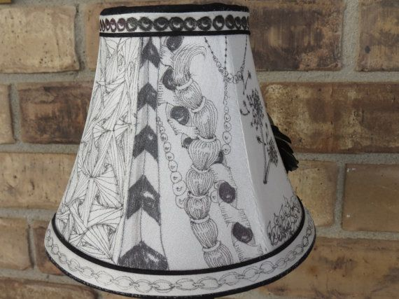 Pequeño Tangled Lámpara de sobremesa de DeepMagicDesigns en Etsy