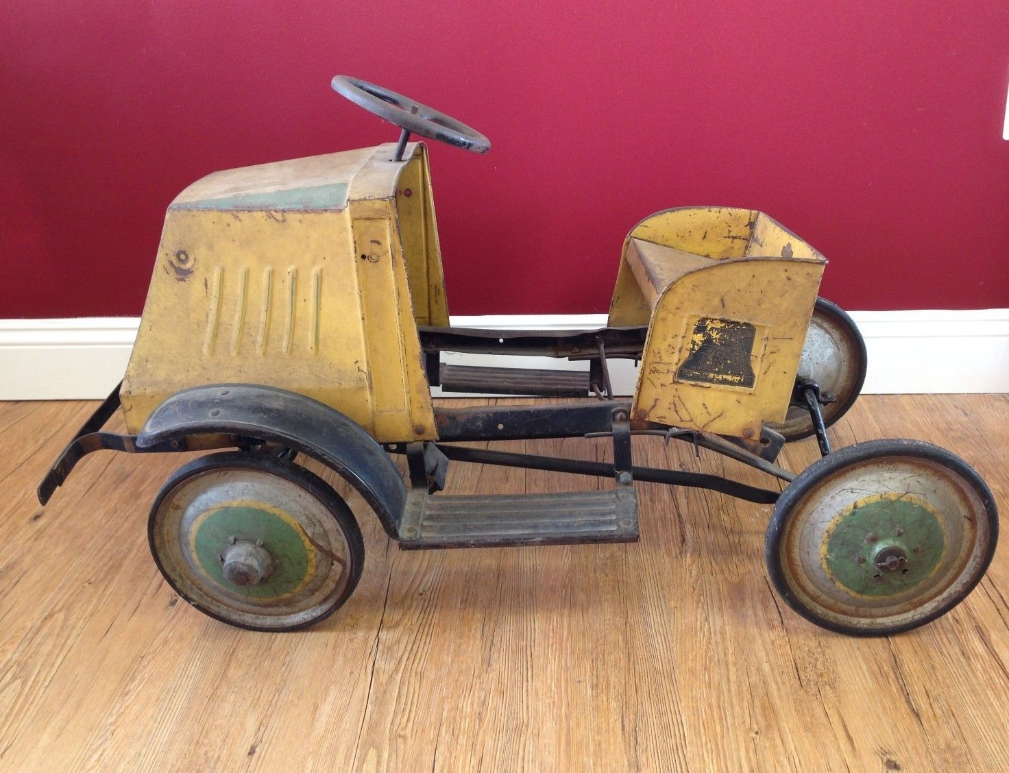 Collectible Antique Toys Toy Pedal Cars Vintage Pedal Cars Antique Toys