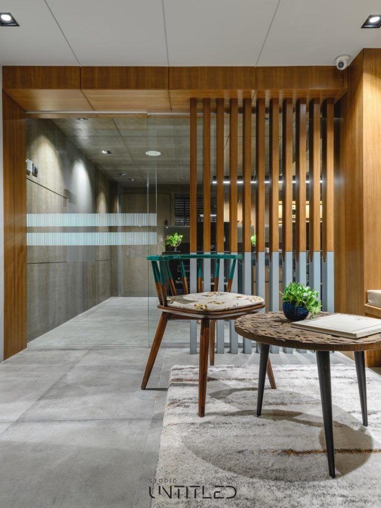 Modern Yet Earthen Feel Office Interiors Office