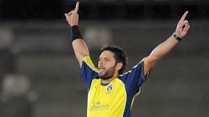 Shahid Afridi Best Double Wicket Over In County Cricket