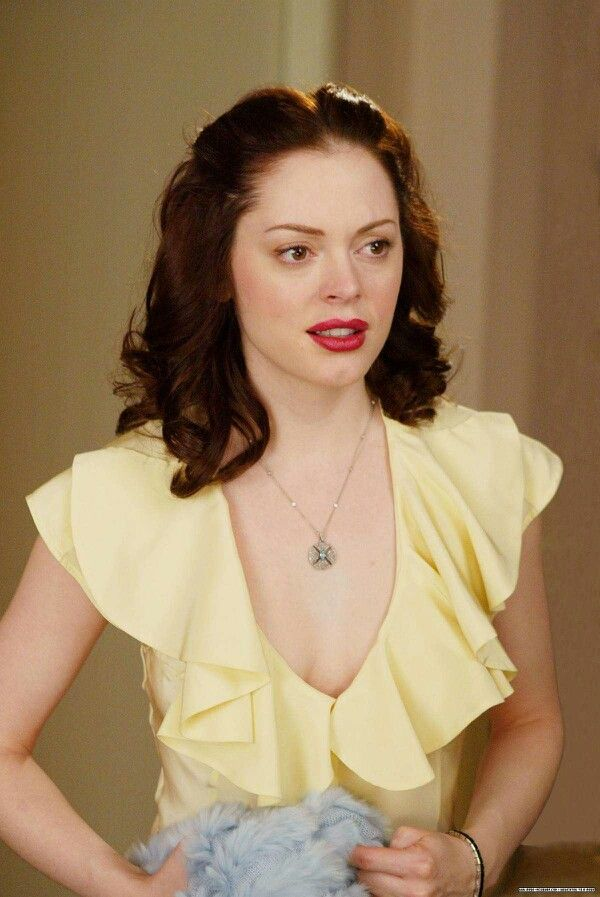 Rose Mcgowan Paige Charmed Necklace Love It 3 Pinterest