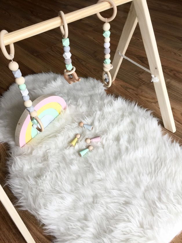Mobile Spielbogen Baby Gym Mobile Pastellfarben Ein