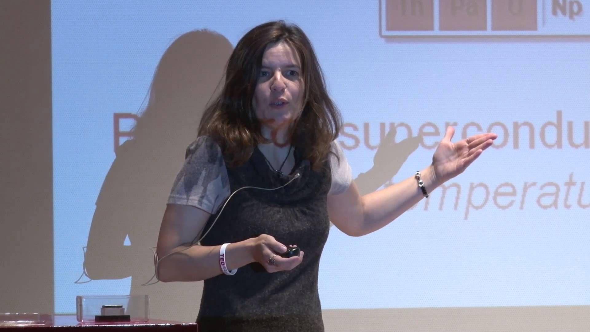 Cuando mil más mil son más de dos mil: Belen Valenzuela at TEDxRetiro