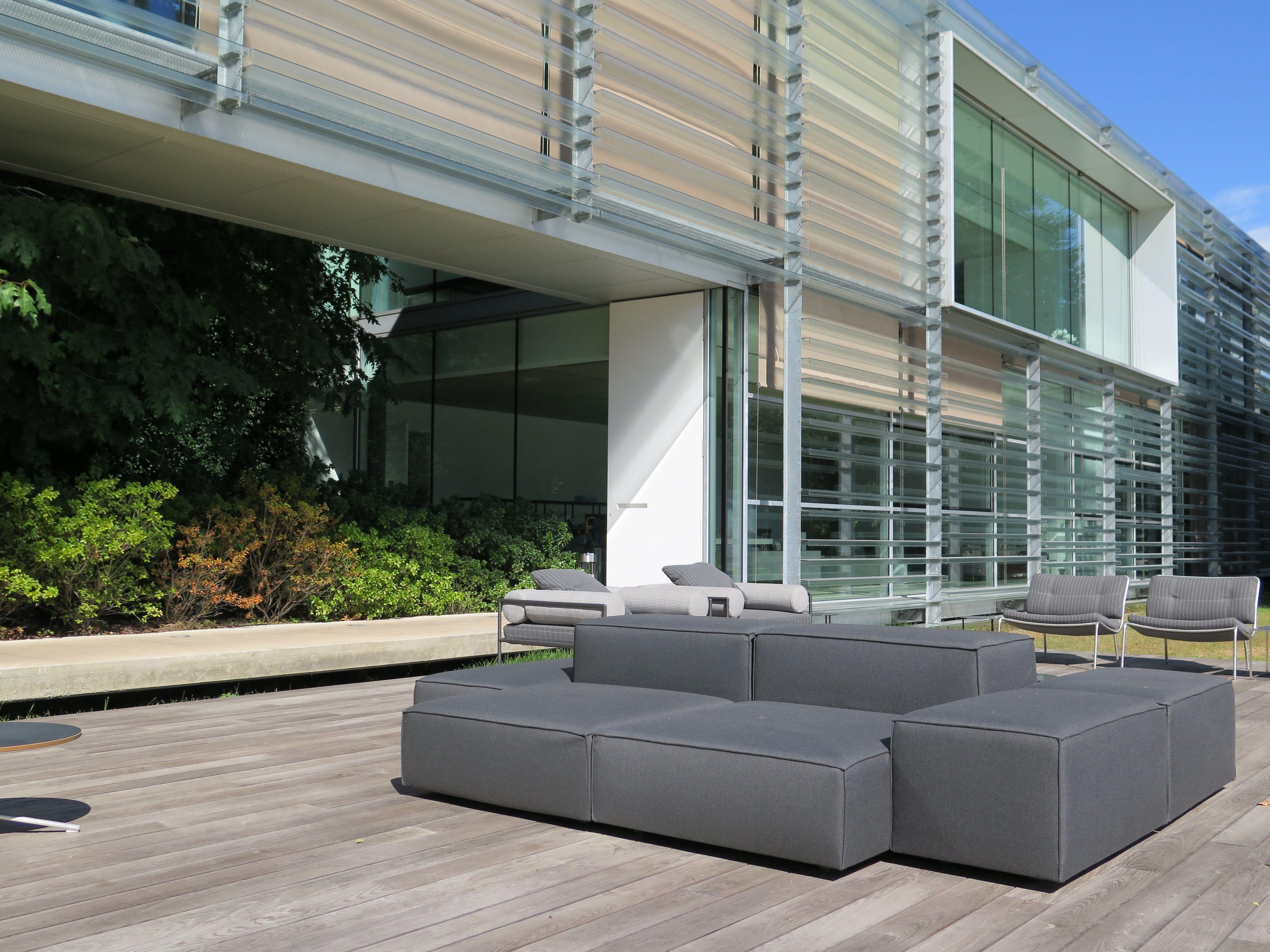 Living Divani Bubble Rock outdoor seating by Piero Lissoni
