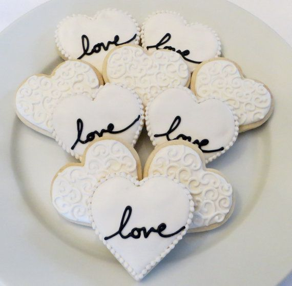 Diy Wedding Cookie Tables: Wedding Or Bridal Shower Decorated Heart Cookie Favors, 1