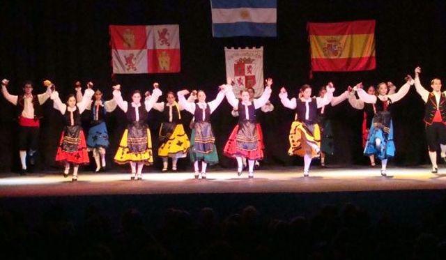 El Centro de Castilla y León de Mar del Plata (Argentina) celebró su 64º aniversario http://www.revcyl.com/www/index.php/sociedad/item/4242-el-centro-de-castilla-y-le%C3%B3n-de-mar-del-plata-argentina-celebr%C3%B3-su-64%C2%BA-aniversario