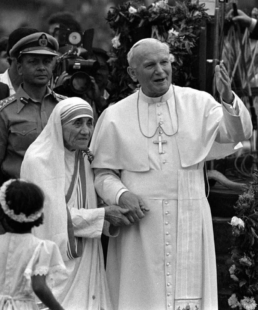 Blessed Mother Teresa St Jp Ll With Images St John Paul Ii